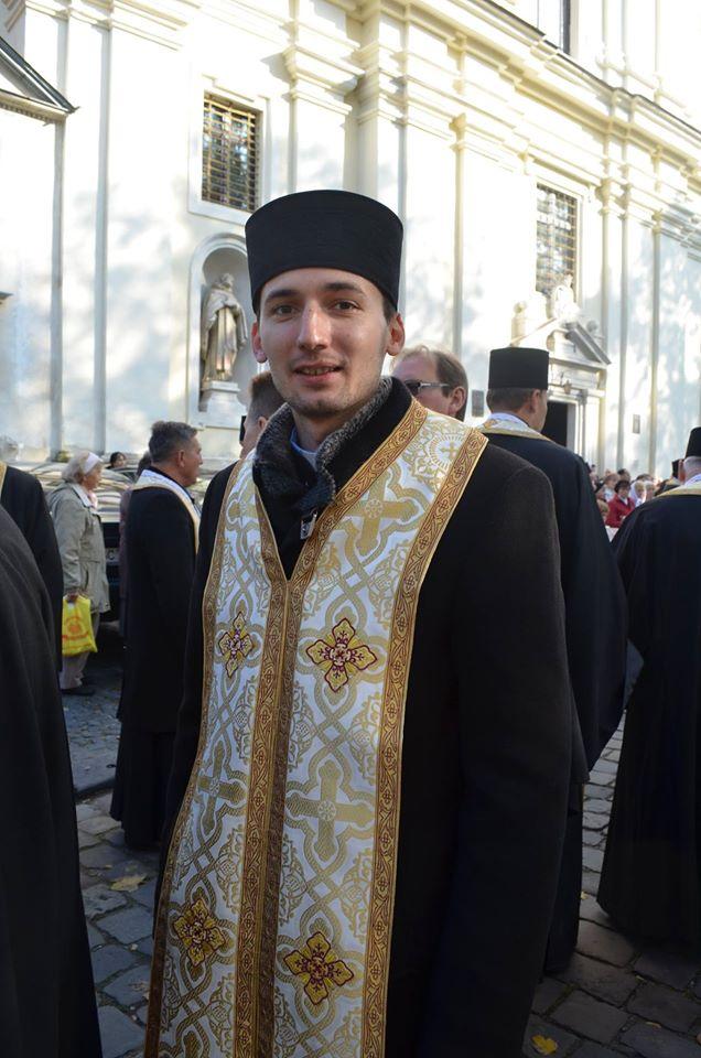 Всечесний Отче Романе, вітаємо Вас з іменинами!