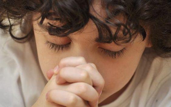 8 причин молитися вранці.