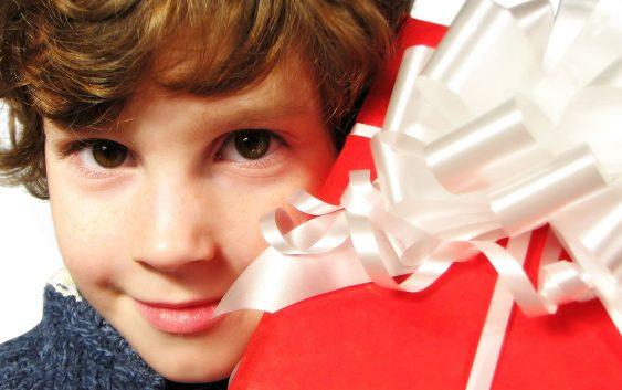 23 подарунки дитині, які вона збереже на все життя.