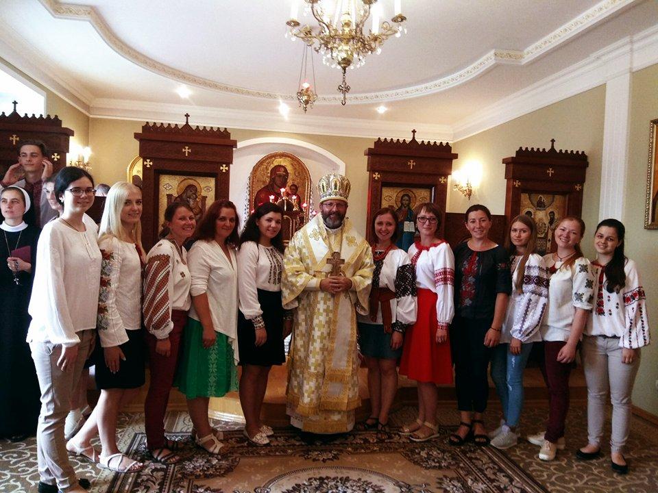 """20 серпня молодіжний хор """"Слідами херувимів"""" супроводжував святу Літургію із Блаженнішим Святославом Шевчуком."""