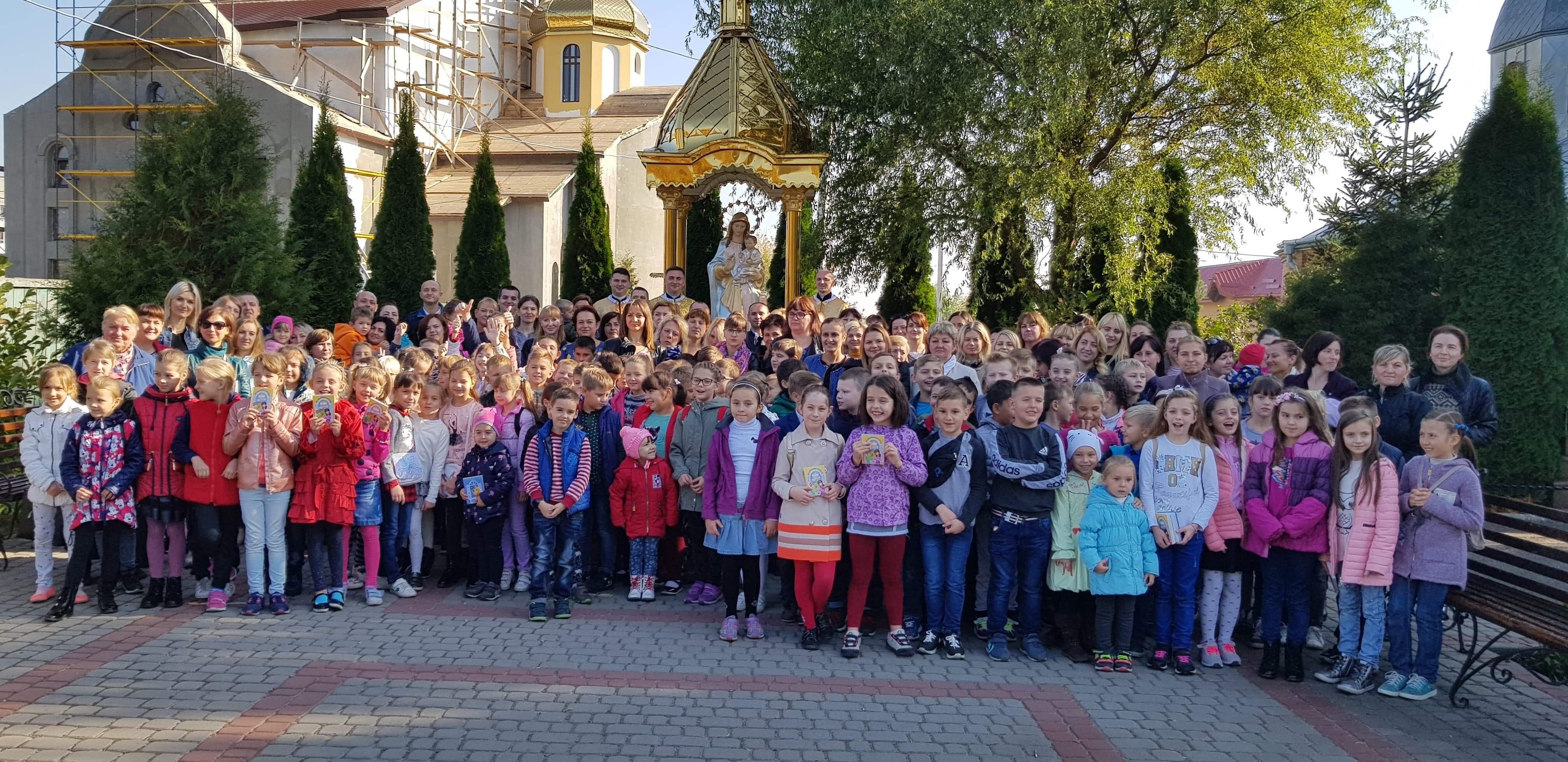 Розпочато навчання і катехитичній школі святої Софії